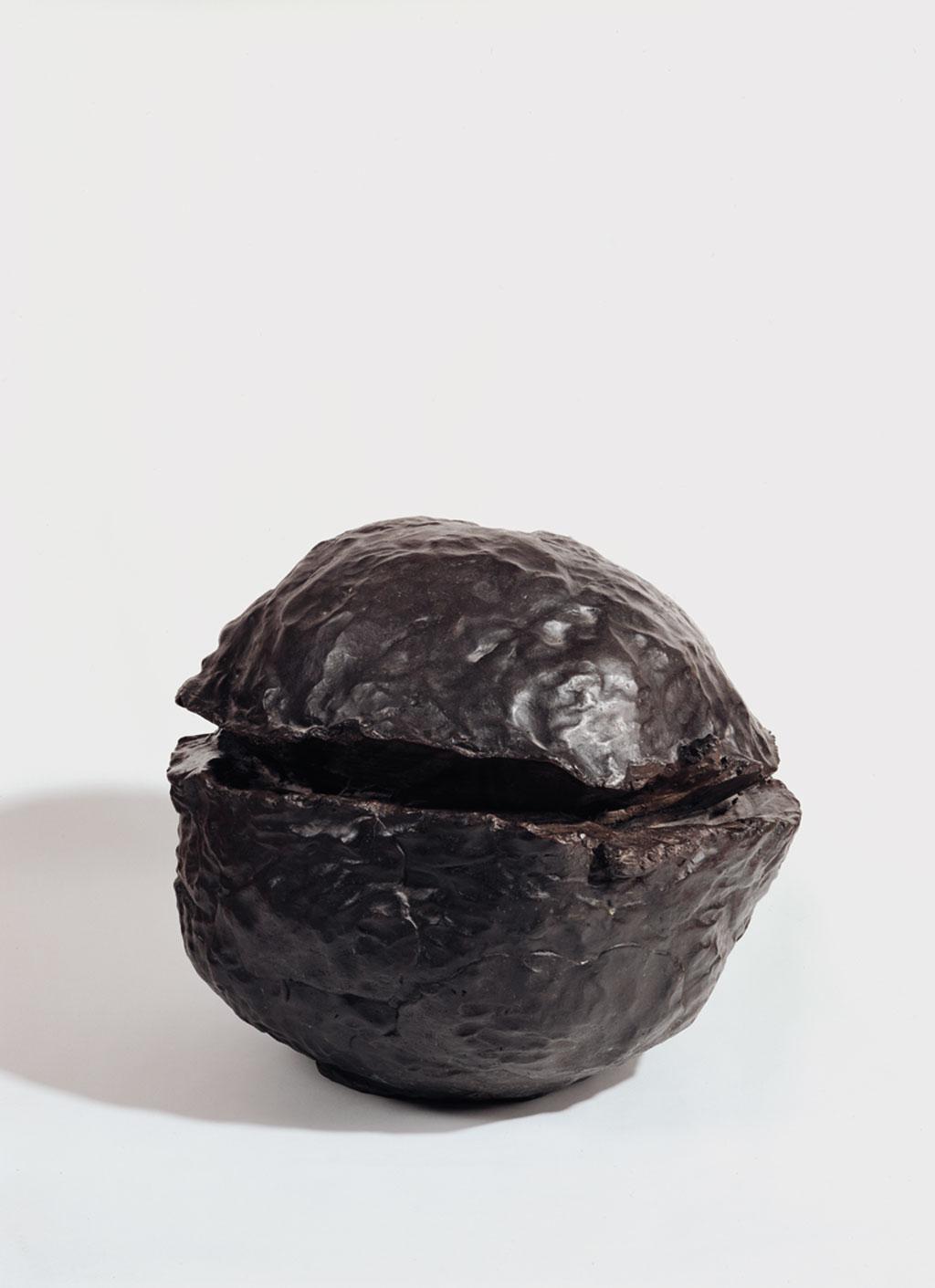 Lucio Fontana (1899 – 1968) Uzamsal Kavram, Doğa,1959-60 Bronz, 66 cm Rira Koleksiyonu