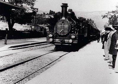 """Lumiere kardeşler """"Bir Trenin Gara Gelişi"""""""