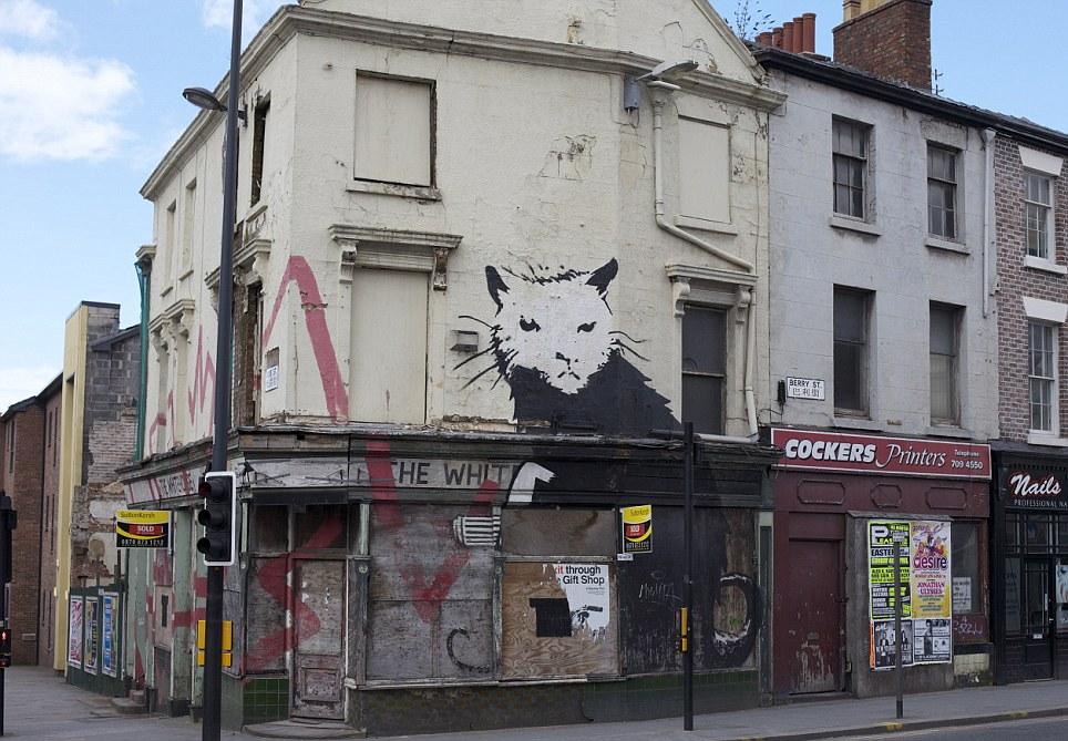 """Banksy Sergisi """"Golabal Karaköy""""de sanatseverlerle buluşacak."""