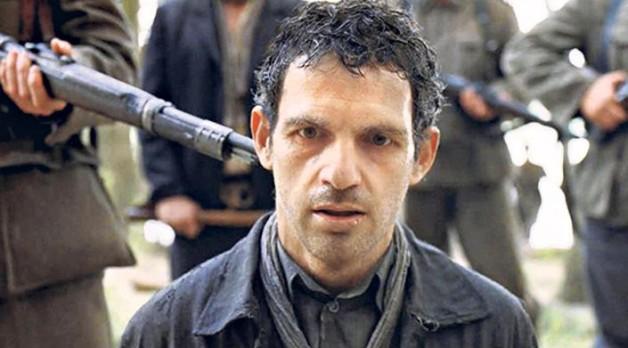 Macaristan yapımı Saul'un Oğlu / Son of Saul filmi Oscar 2016 Ödülleri'nde ülkesine yabancı dalda en iyi film ödülünü getirdi.