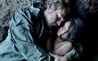 Leonardo DiCaprio, filmde muhteşem bir performans sergiliyor.