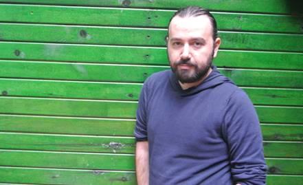 Babamın Kanatları, senarist ve yönetmen Kıvanç Sezer'in ilk uzun metrajlı filmidir.