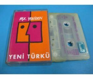 Yeni Türkü'nün Aşk Yeniden albümü ise 1992 yılında çıkmıştır.