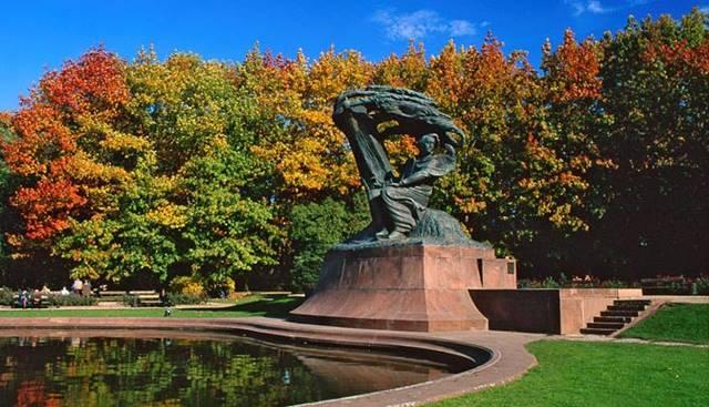 Chopin'in Varşova Sılası