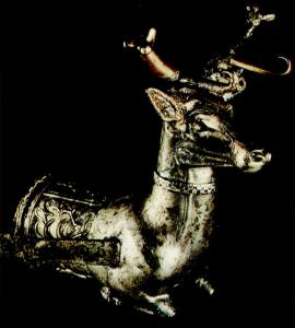 Gümüş geyik ritonu