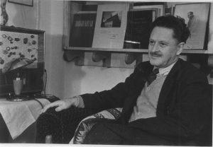Çağdaş Türk edebiyatının büyük şairi Nazım Hikmet Ran.