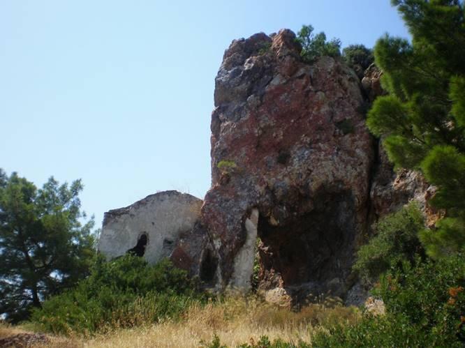 Taşlı Manastır, Tmarhane Adası.
